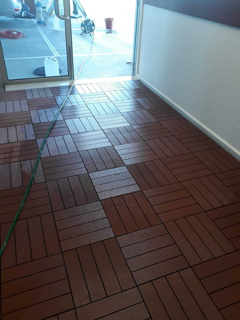 indoor cleaning - wooden tiles after cleaning